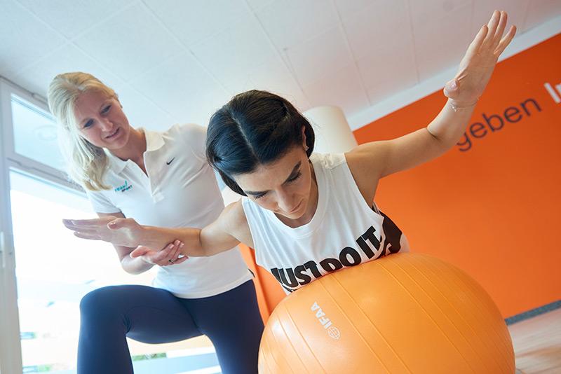 Rückentraining mit dem Personal Trainer beugt Problemen vor